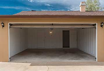 4 Most Common Garage Door Malfunctions | Garage Door Repair Peoria, AZ